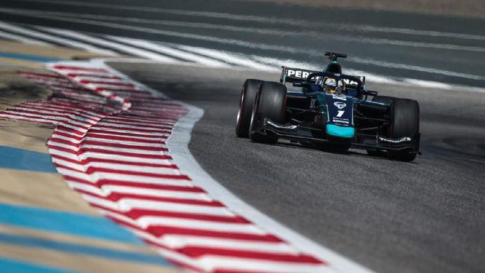 Pebalap DAMS Sean Gelael finis kesembilan di hari ketiga tes pramusim F2 Bahrain