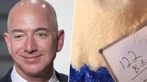Kocak! Pengguna TikTok Ini Hitung Kekayaan Jeff Bezos Pakai Beras