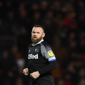 Pemain Liga Inggris Didesak Potong Gaji, Rooney Kesal