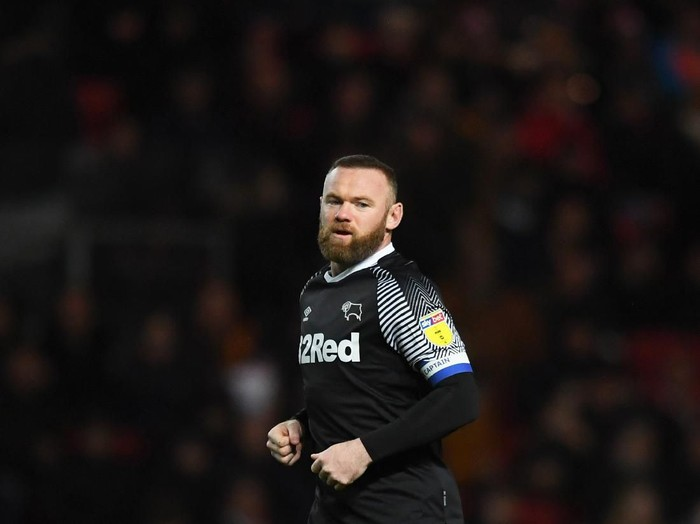 BRISTOL, ENGLAND - FEBRUARY 12: Wayne Rooney of Derby County during the Sky Bet Championship match between Bristol City and Derby County at Ashton Gate on February 12, 2020 in Bristol, England. (Photo by Harry Trump/Getty Images)