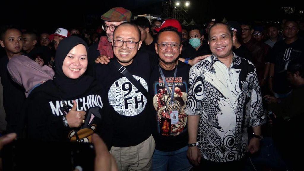 Keseruan Ganjar dan Marwan Saat di Konser Musik
