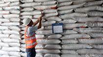 Pandemi Corona, Bulog Siapkan 100 Ton Beras untuk Kabupaten/Kota di Riau