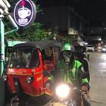 Viral Driver Ojol Pakai Masker Anti-Nuklir, padahal Kepanasan dan Pengap