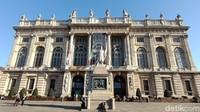 Palazzo Madama bisa dibilang sebagai pusat kota tua Turin di Italia. Ini adalah museum seni yang jadi meeting point banyak orang (Fitraya/detikcom)adhanny/detikcom)