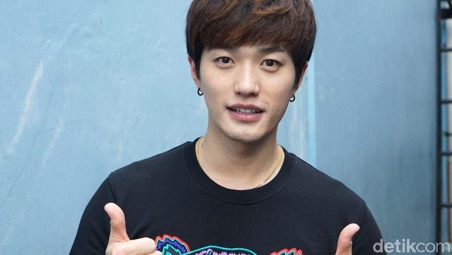 Lee Jeong Hoon saat ditemui di studio Trans TV.
