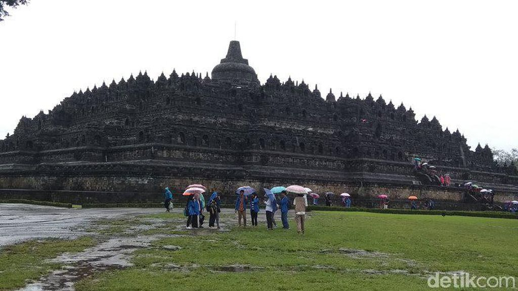Corona Mewabah, Kunjungan Turis ke Candi Borobudur Dibatasi di Zona 1