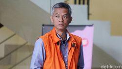 KPK Eksekusi Eks Komisioner KPU Wahyu Setiawan ke Lapas Kedungpane