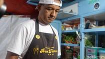 Bertemu Penjual Nasgor di Wonosobo yang Mirip Anies Baswedan