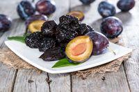 Manfaat buah plum.