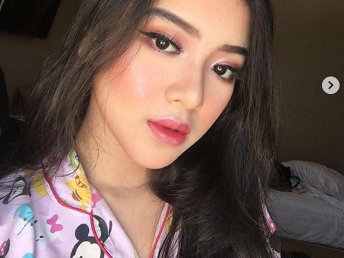 Tiara Idol atau Tiara Anugrah dari instagram.