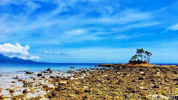 Pantai Batu Taka Urung