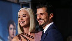 Pakai Cincin di Jari Manis, Katy Perry dan Orlando Bloom Sudah Menikah?