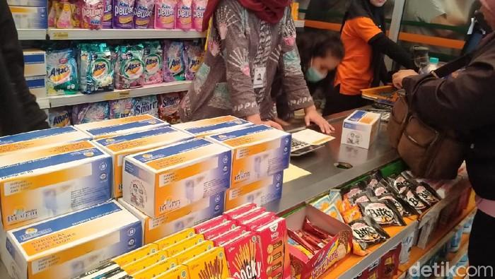 Masker di Pasar Jaya