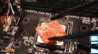 Gara-gara Masak Pakai CPU Komputer, YouTuber Ini Jadi Terkenal