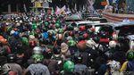 Kemacetan Total Imbas Unjuk Rasa di Kedubes India