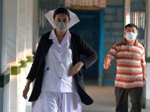 Video Viral Wanita Tutupi Wajah Takut Kena Virus Corona Saat Lihat Orang Asia