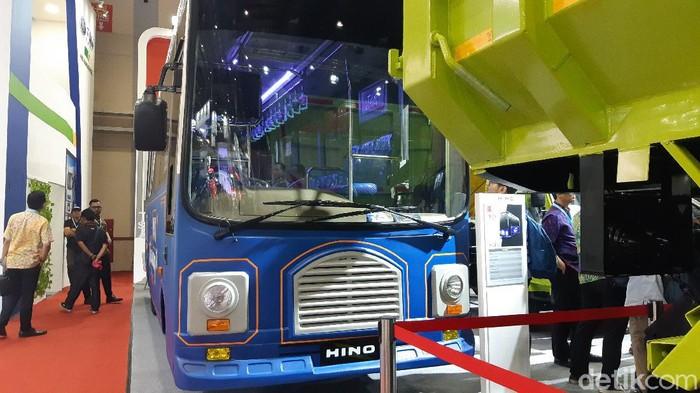 Bus Tayo bikinan Hino