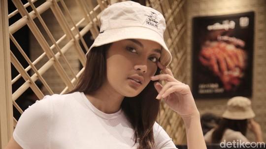 Erika Carlina, Model yang Jadi Incaran Artis dan Atlet