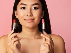 7 Rekomendasi Warna Lipstik untuk Kulit Sawo Matang