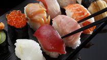 Ngeri! 5 Hal Ini Bisa Terjadi Saat Makan Sushi