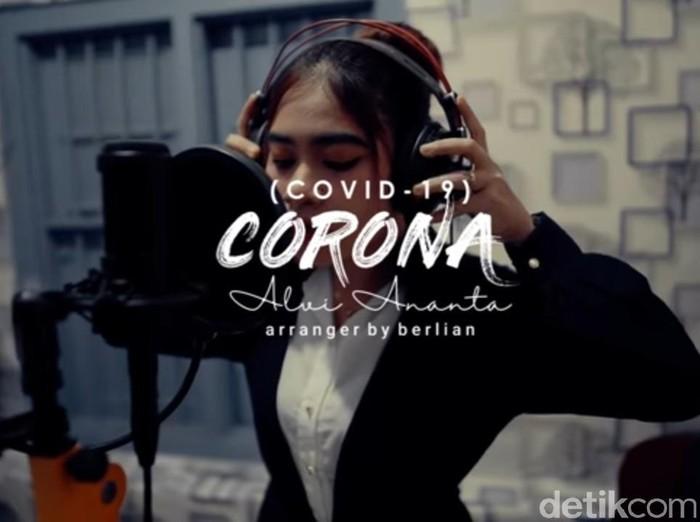 Pedangdut yang dibully gegara Lagu Komunitas Rondo Merana (Corona) kini menyuguhkan karya terbarunya. Lagu baru ini dibuat untuk mengobati semua orang yang terluka akibat Lagu Corona.