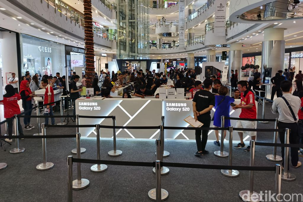 Suasana Consumer Launch Galaxy S20 Series di Central Park, Jakarta.