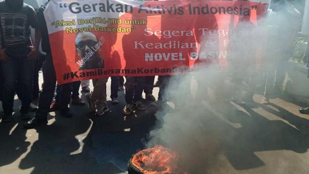 Aksi Menolak Lupa Kasus Novel Baswedan