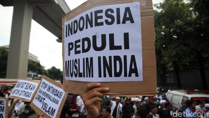 Aksi Massa FPI-PA 212 Geruduk Kedubes India