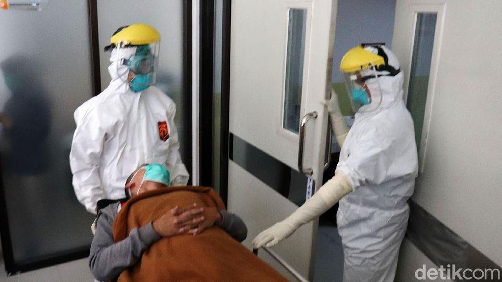 Viral APD Dibuang di Selokan, Begini Proses Pemusnahan Limbah Medis