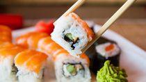 Nyam! Begini Cara Bikin Sushi di Rumah, Rasanya Tak Kalah dengan Restoran