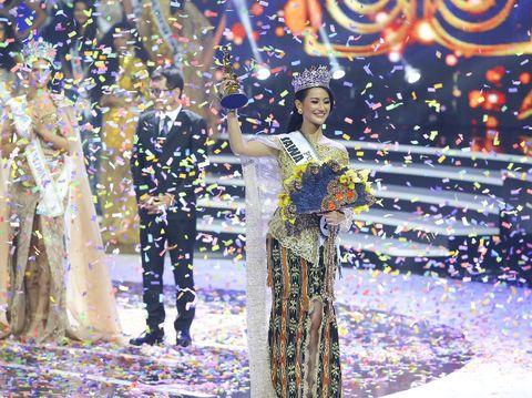 Pemenang Puteri Indonesia 2020 Rr Ayu Maulida Putri dari Jawa Timur.