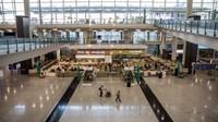 Ini Bandara Internasional Hong Kong. Salah satu bandaratersibuk dunia ini terlihat lebih kosong dari biasanya. (Foto: CNN)
