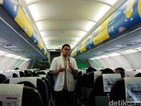 dr. Dajendra memberikan penjelasan pentingnya pola hidup bersih sehat dalam penerbangan Citilink.