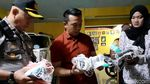 Ini Masker Daur Ulang yang Digerebek Polisi di Bandung