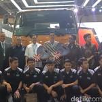 Mitsubishi Fuso Bagi-bagi Truk Gratis di GIICOMVEC