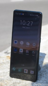 Tampang Oppo Find X2 di Swiss saat uji experience bersama Oppo Indonesia