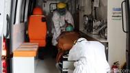 78 WNA Ikut Diisolasi di Masjid Jakbar, Ada yang Mengeluh Batuk Pilek
