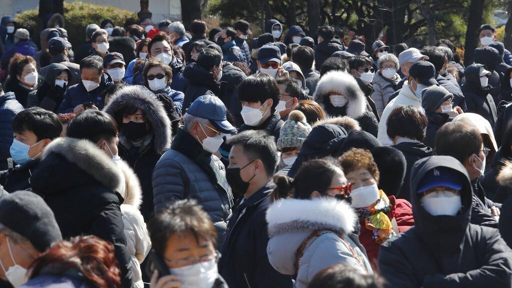Curi 100 Ribu Masker Saat Pandemi Corona, 3 Pria Ukraina Terancam 10 Tahun Bui