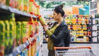 5 Hal Menyebalkan yang Sering Dilakukan Orang Saat Belanja di Supermarket