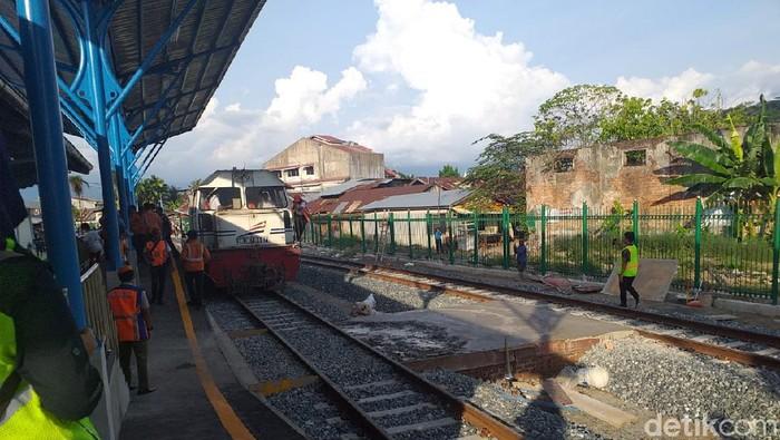 Jalur kereta mati suri 43 tahun Padang-Pulau Air hidup lagi