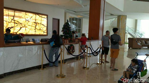 Suasana lobi sebuah hotel di Cianjur
