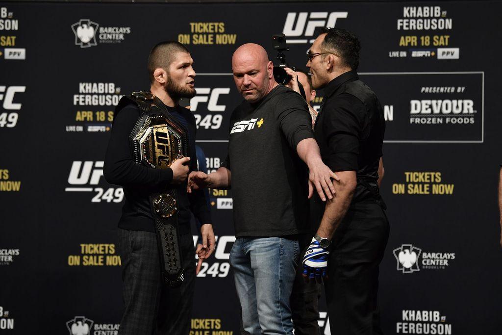 UFC 249 harusnya mempertemukan Khabib Nurmagomedov vs Tony Ferguson tetapi batal