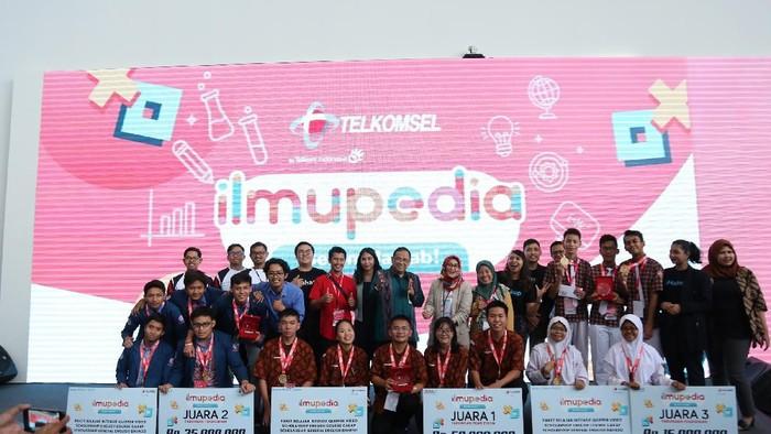 Telkomsel Rilis Paket Data Ilmupedia untuk memeratakan pendidikan lewat sentuhan teknologi digital.