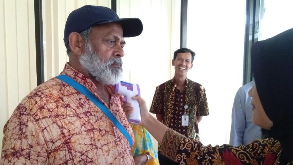 Antisipasi Corona, TWC Cek Suhu Wisatawan yang Berkunjung
