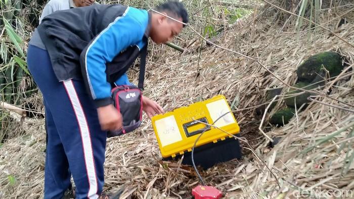 Tim Undip teliti temuan terowongan diduga peninggalan Belanda di Klaten, Sabtu (7/3/2020).