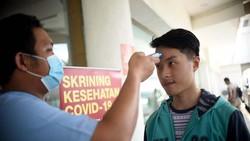 Berbagai upaya dilakukan oleh negara-negara lain dalam mengendalikan penyebaran Virus Corona (COVID-19). Siloam Hospitals Grup pun menerapkan langkah tersebut.
