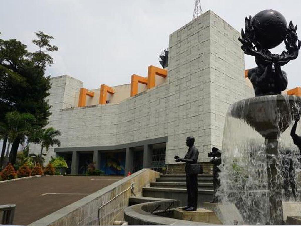 Main-main ke Museum Penerangan Sambil Menelusuri Sejarah Pers
