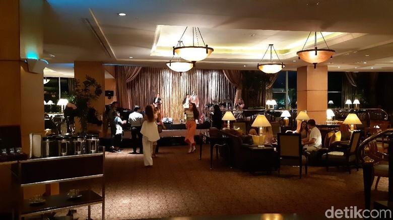 Cascade Lounge Hotel Mulia Jakarta