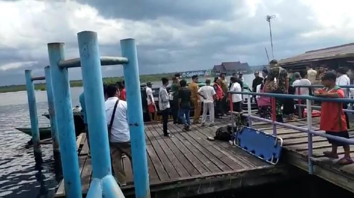 Speedboat Paspampres kecelakaan di Sungai Taman Nasional Sebangau, Palangka Raya.