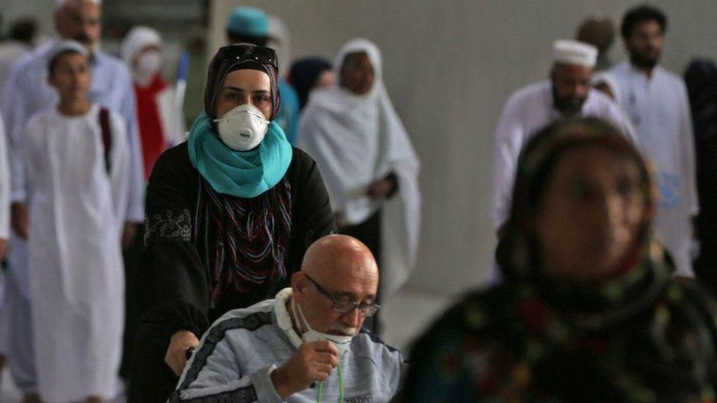 Arab Saudi Sita 5 Juta Masker yang Ditimbun Saat Pandemi Virus Corona